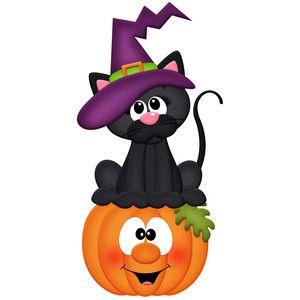 Gato negro sentado en una calabaza