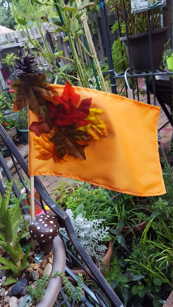 Fall Garden Flag Spike by WEEDsByRose on Etsy