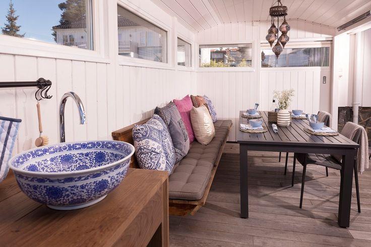 Ut med stua – ut med kjøkkenet - Byggmakker+