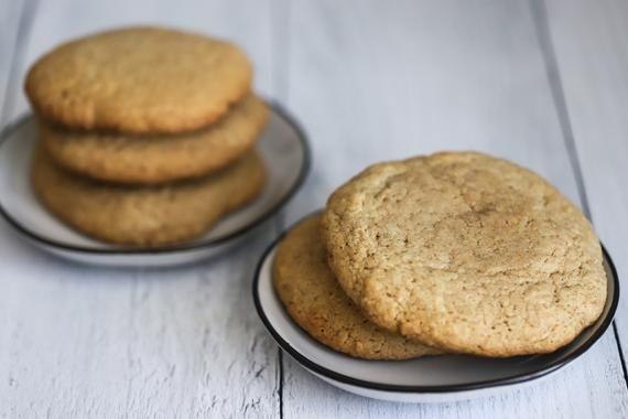 Hausgemachte Snickerdoodle Kekse ein Dutzend (12 Kekse), große und weiche Snickerdoodle Kekse, weiche und zähe Snickerdoodle Kekse, frisch
