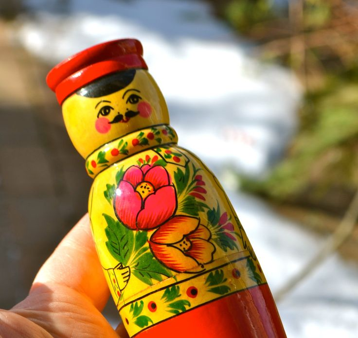 """RUSSIAN DOLL PEPPER Vintage Hand Made Russia Doll Pepper Shaker Wooden Man with Red Hat """"Pepper"""" Toile Painting Tulips Bright Red Base by StudioVintage on Etsy"""