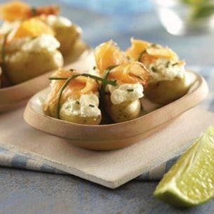 Pommes de terre et saumon fumé en petits paquets