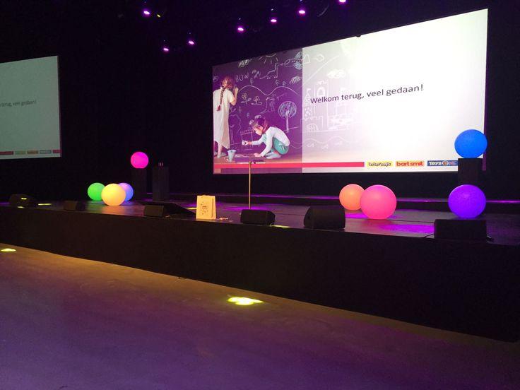Ledbollen als decoratie bij een evenement