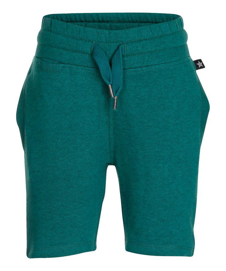 Molo super cool jungle green sweat shorts. molo.en.emilea.be