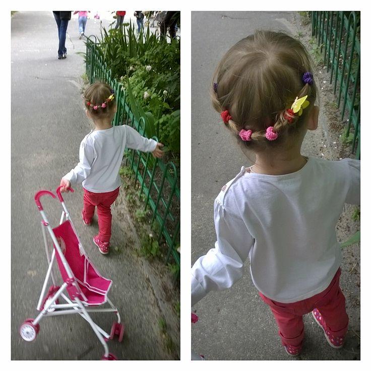 """У моей принцессы наконец выросли волосы. Буду делать прически. Руки с """"того"""" места растут :)"""