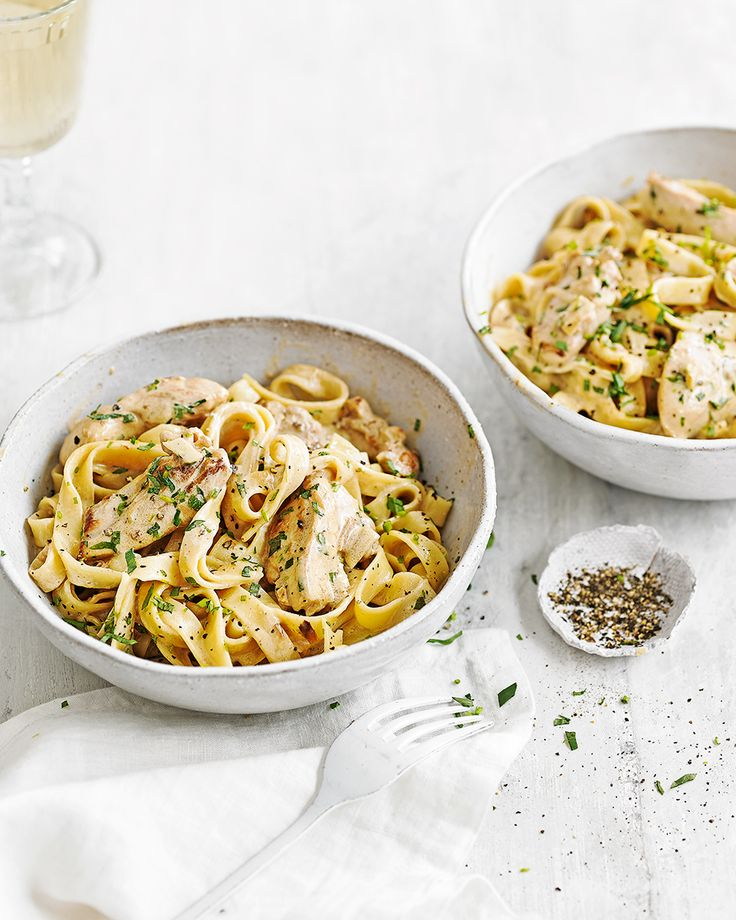 Tarragon, chicken and wine is always a wonderful combination and this creamy tagliatelle recipe really showcases the power of simple but classic flavours. Make this for your next midweek meal - ready in under 30 mins.