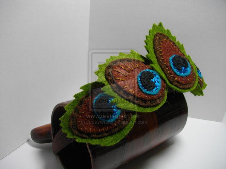 Felt Peacock Feathers by Jadeweasel.deviantart.com