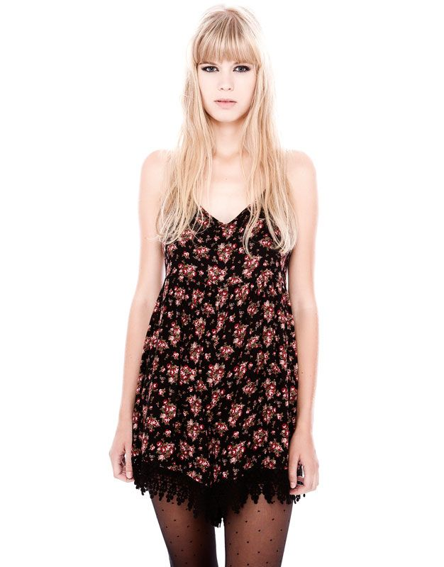 CROCHET FLOWER PLAYSUIT - NEW PRODUCTS - WOMAN - PULL Hungary