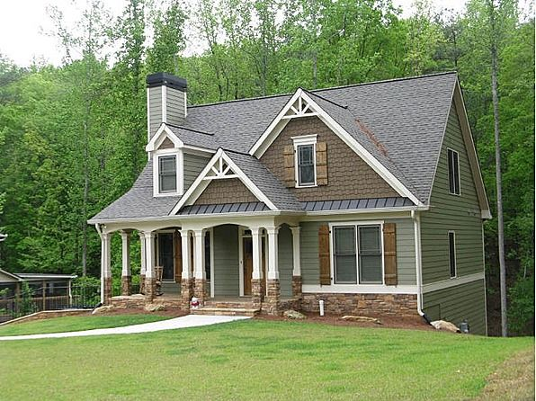 56 best images about houses with green siding on pinterest for Craftsman style homes in okc