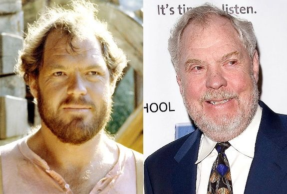 Merlin Olsen (Jonathan Garvey)  Merlin Olsen is famous for being a fearless NFL player with the L.A. Rams until 1976, which earned him a spot in the Pro Football Hall of Fame in 1982. After his football career, he went on to play farmer Jonathan Garvey on 'Little House' and then went on to star in NBC's short-lived series 'Father Murphy' in the early '80s, in which he played a traveling priest. In 2009, he was diagnosed with mesothelioma and.  Olsen passed away in 2010 at the age of 69.