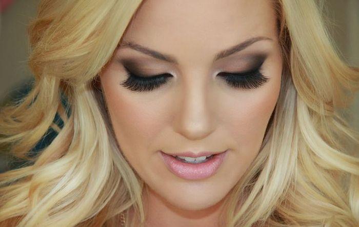 Maquiagem - loira olho esfumaçado