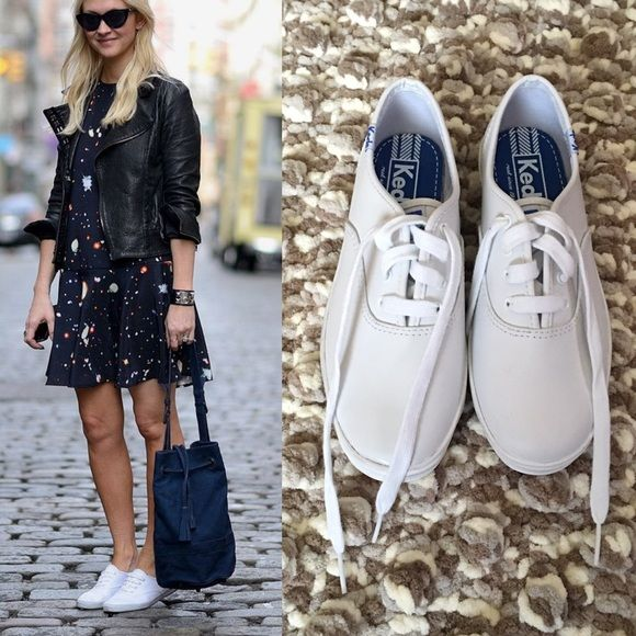 """Keds white upper leather size 2 girls=Size 6 women Brand new white upper leather from Keds these are sue 2.0M in girls but has 8 3/4""""inches sole so it is equal size 6 women keds Shoes Sneakers"""