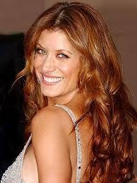 photo de femme aux cheveux teint cuivr cheveux bruns reflets cuivrs recherche google - Coloration Chatain Reflet Cuivr