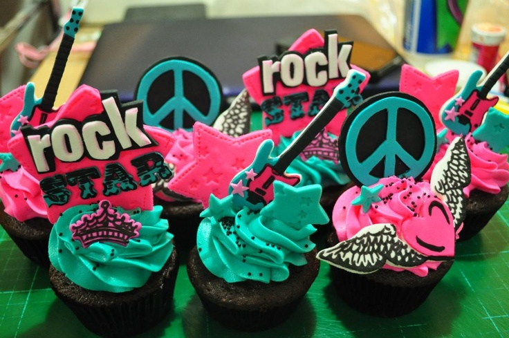 Rock Star Cupcakes by Flibby's Cupcakes | MY CAKES and ...