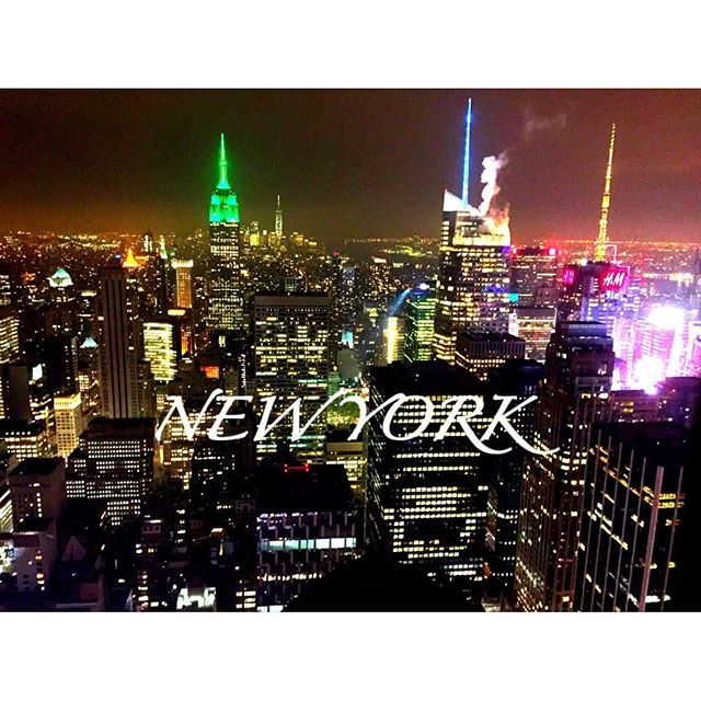 Instagram【yuki__yuki___】さんの写真をピンしています。 《#ニューヨーク #マンハッタン #newyork #nyc #ny #ロックフェラーセンター #夜景 #Manhattan #旅行 #海外旅行 #海外 #trip #travel #絶景 #worldtravel #worldtrip #アメリカ #America #newyorkcity  #nightview #エンパイヤステートビル #rockefellercenter  #Rockefeller #EmpireStateBuilding》