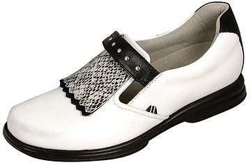 Sandbaggers Royal Kilt #golf shoe - love the python kilt