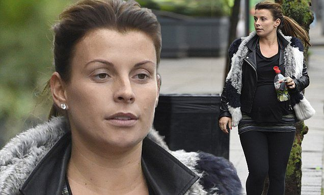 Pregnant Coleen Rooney goes make-up free after yoga session