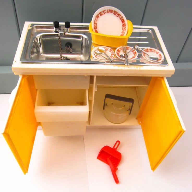 vintage sindy kitchen sink unit, 1970s sindy furniture, dolls house furniture, sindy washing up sink, 1976 Eastham E-line sink, retro toys by thevintagemagpie01 on Etsy