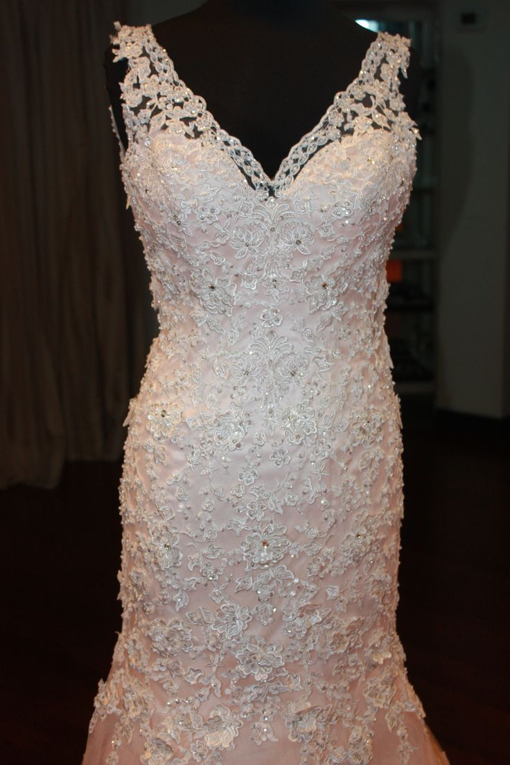 Lace and bead work is in for 2017! #staceysbridal