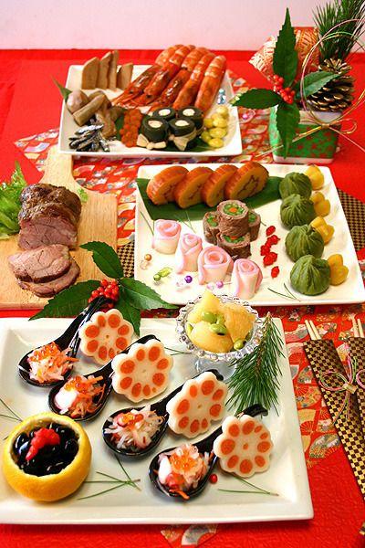 """ちょこっとずつ気軽に""""おせち""""を楽しみたい!おせち料理を少量ずつ盛りつけた""""ワンプレートおせち""""で、今年はお洒落にお正月を迎えましょう。時間がなくても素敵に作れる、今どきのお正月料理をご紹介します♡"""
