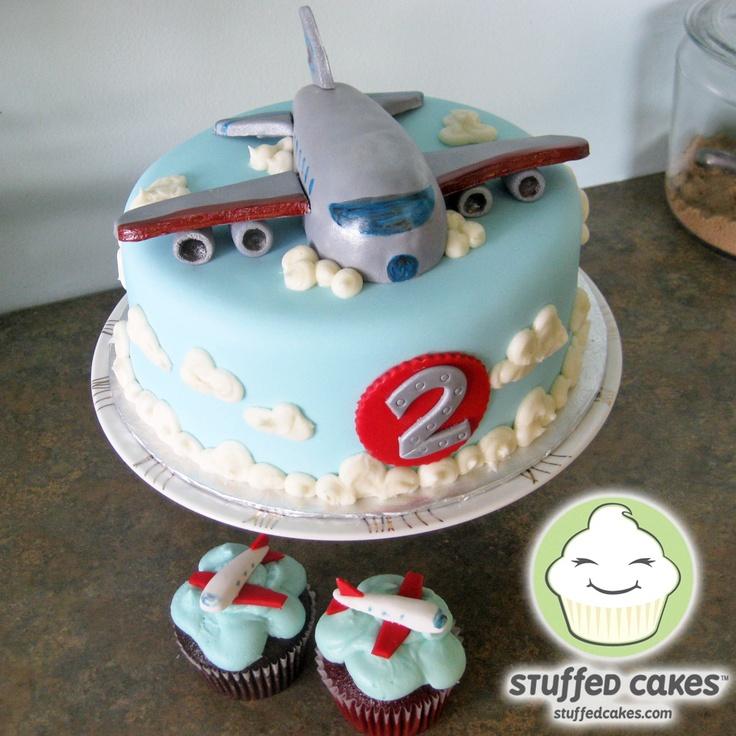 Lindos modelos de tortas con cupcakes fiestas infantiles for Decoracion de tortas infantiles