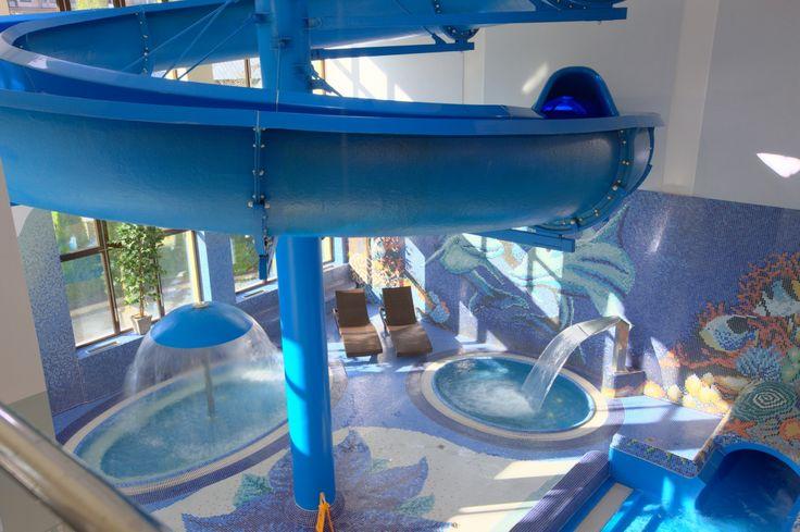 Co jest Waszym zdaniem największą atrakcją Aquaparków? Jacuzzi, bicze wodne czy zjeżdżalnie? #aquapark #atrakcje #wodneatrakcje #hotelklimek #muszyna