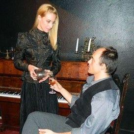 """27-29/12: Θεατρική παράσταση """"Βρικόλακες"""" @ Θέατρο Εκάτη - Tranzistoraki's Page!"""