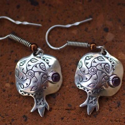 Love these pomegranates! yummy to wear!