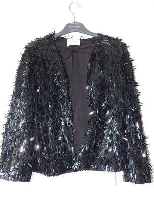 À vendre sur #vintedfrance ! http://www.vinted.fr/mode-femmes/autres-manteaux-and-vestes/37700841-veste-paillette-sandro-taille-2-neuve-avec-etiquette