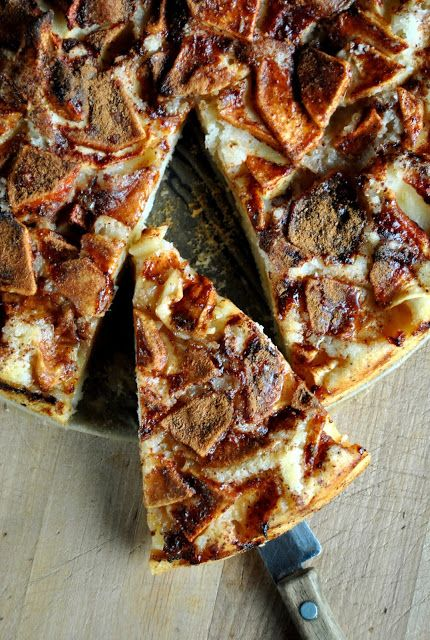 Simple and delicious apple cake |VeganSandra - tasty, cheap and easy vegan recipes by Sandra Vungi