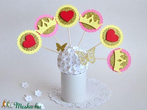 Parti dísz, sütemény- és ételdísz gyermekeknek születésnapra, keresztelőre vagy babaváró partira.