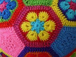 Blij dat ik brei: Bal van Afrikaanse bloemen. Ballonbal??