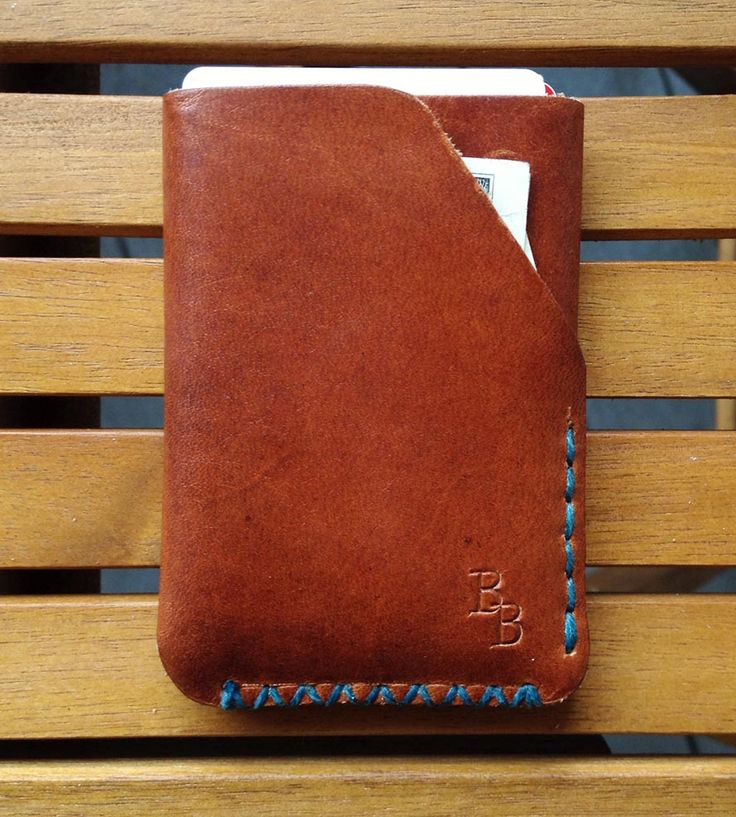 An especially attractive hideaway for cash and cards and other such things, this handsome wallet is handmade with sturdy Horween leather. The leather wallet is stitched by hand in the color of your choice and has plenty o' room for the important stuff.