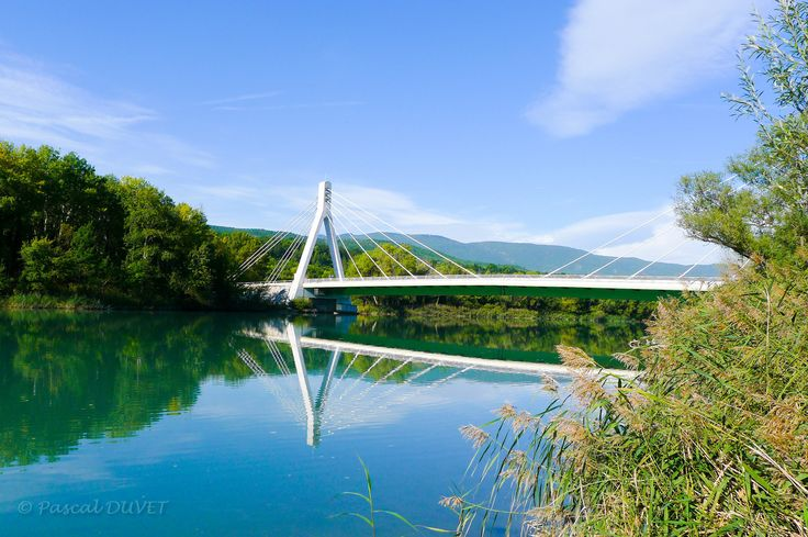 VOLOA26 - Pont sur la Durance - Village de Volonne - Alpes de Haute Provence 04