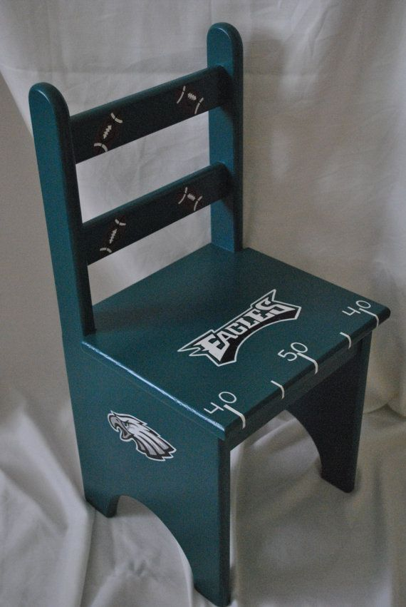 Philadelphia Eagles Sports Fan Kids Chair