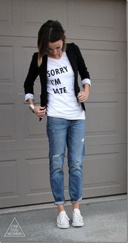 sorry-im-late- DIY tee. want to make this! and love the blazer.
