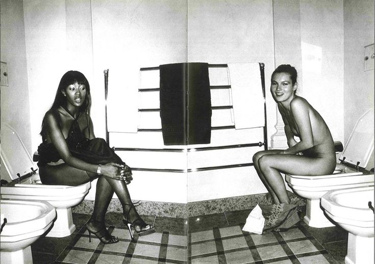 Kate Moss & Naomi Campbell Photography by Mario Testino