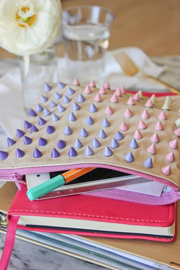 DIY: studded zipper pouch