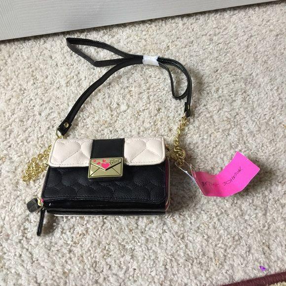 NWT Betsey Johnson Crossbody Handbag NWT Betsey Johnson Crossbody Handbag. Bag has 2 zippered compartments Betsey Johnson Bags Crossbody Bags