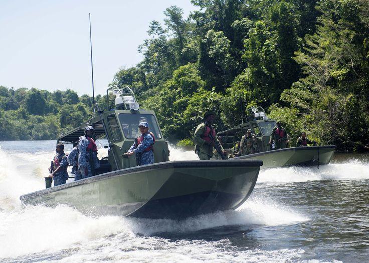 moho river  belize  june 30  2014  u s  navy sailors