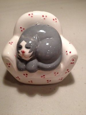 Cat in a Nesting Chair Salt and Pepper Shakers