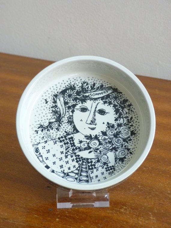 On Hygge Hour ETSY - Bjorn Wiinblad Nymolle Denmark - Small dish summer folk art retro vintage    http://etsy.me/ZnDocH