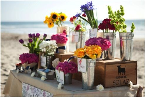 English Floral Market: stage an open air floral market and invite each guest to take home a few stems #floral_favors #ocean_front_floral_market