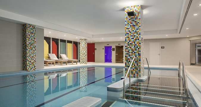 Hilton London Wembley Hotel - Indoor Pool