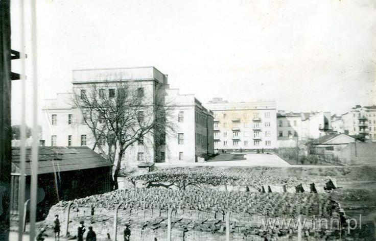 Dom Żołnierza, widok od strony ul. Skłodowskiej źródło; teatr NN fot. Elżbieta Izdebska-Margul