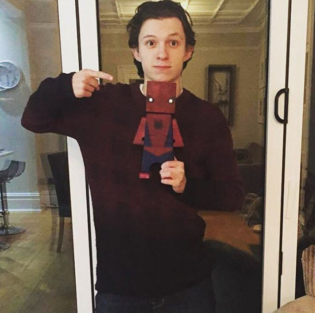 Character Inspiration: Tom Holland as Peter Chase