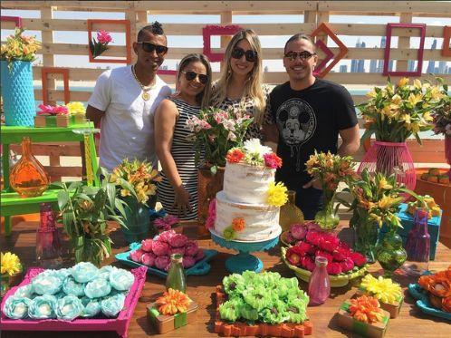 Wesley Safadão e Thyane Dantas estão curtindo as férias adoidado. Em Dubai, o casal tem postado dive... - Foto: Reprodução / Instagram