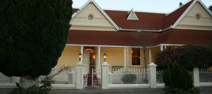 Accommodation at Karoopark Guest House in Graaff-Reinet is available in the Colonial-style manor house that was built at the end of the 19th century or in the tranquil garden setting.   See www.karoopark.co.za for more information.  Today as a guesthouse, bed-and-breakfast accommodation and self-catering cottages are available, secure parking, a swimming pool & a family run A'la Carte Restaurant - Come & try some Karoolamb potjie!