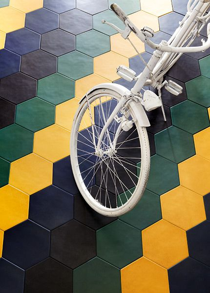 No 1727 Brave Hexagon colour combination