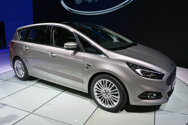 2015 Ford S-Max adds all-wheel drive, adaptive steering